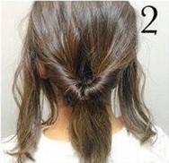 Греческая прическа на средние волосы шаг 2