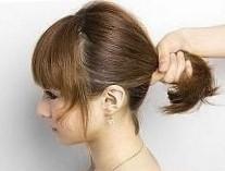 Прическа ракушка на средние волосы шаг 1