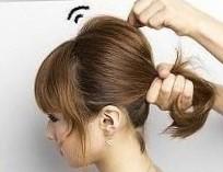 Прическа ракушка на средние волосы шаг 2