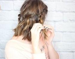 Быстрая прическа на средние волосы шаг 5