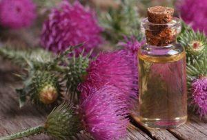 Маска для укрепления волос с репейным маслом