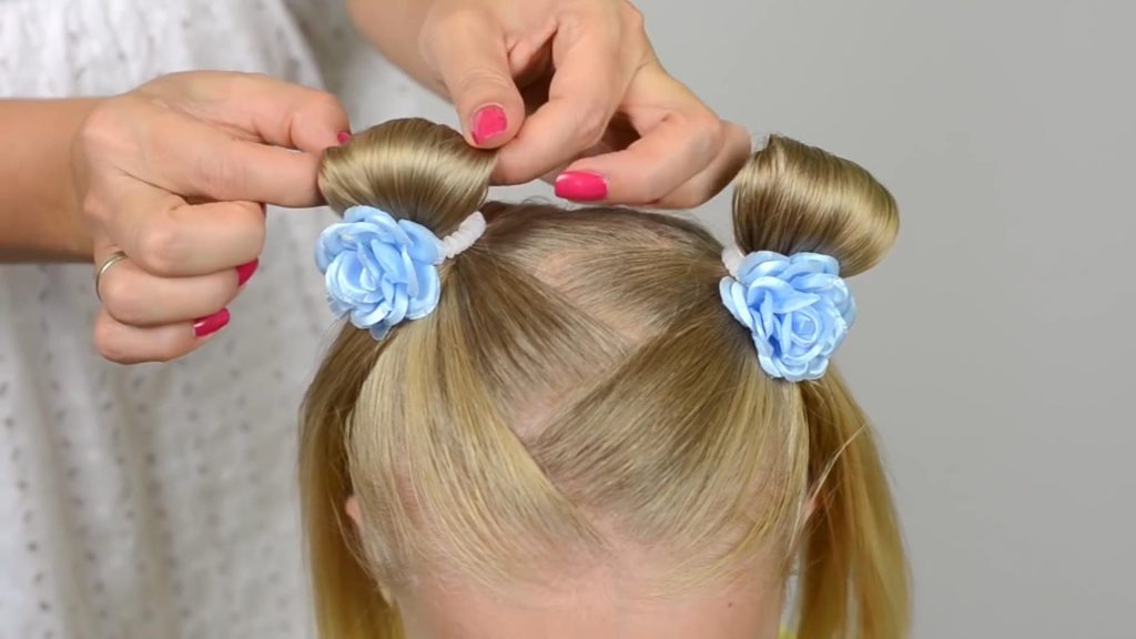 Прически для девочек средние волосы на каждый день в садик-фото