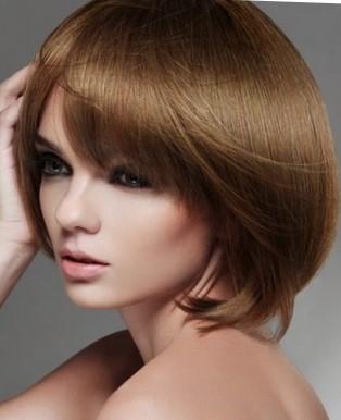 Модные стрижки для девушек на средние волосы сессон