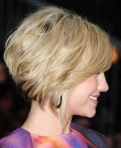Красивые стрижки на короткие волосы для женщин 50 лет