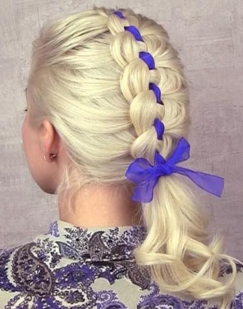Плетение кос на длинные волосы с лентой