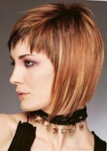 Стрижки на тонкие волосы средней длины - боб каре