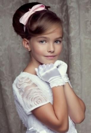 Прическа на свадьбу для девочки 8 лет