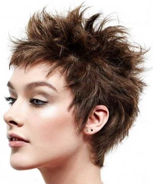 Короткие стрижки на кудрявые волосы