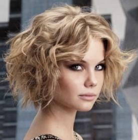 Стрижки на тонкие волосы средней длины - каре