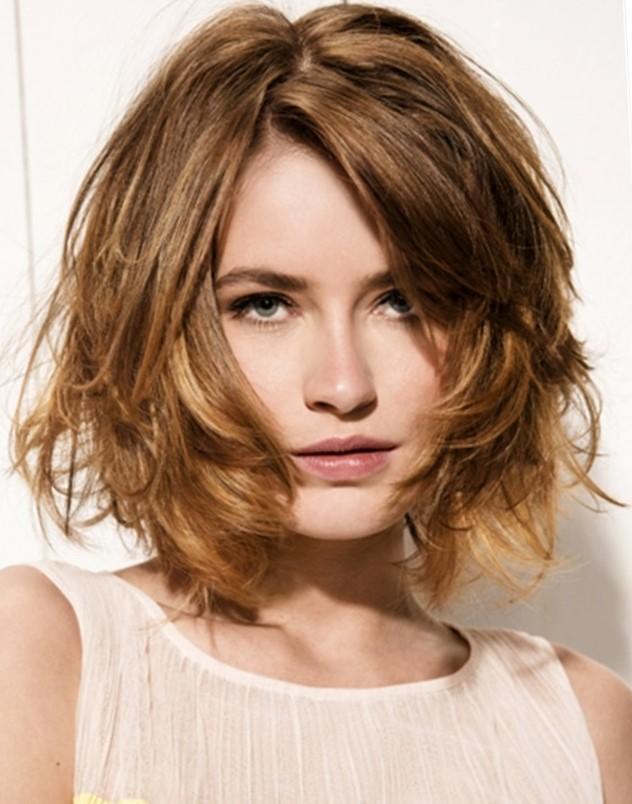 Фото причёски каре на вьющиеся волосы 57