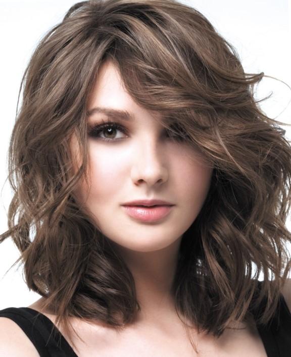 Стрижки волос средней длины без укладки