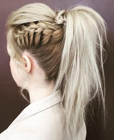 Плетение кос на средние волосы: 8 простых причесок 9