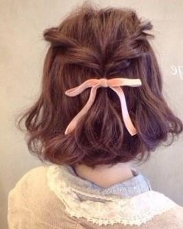 Прически в школу на короткие волосы