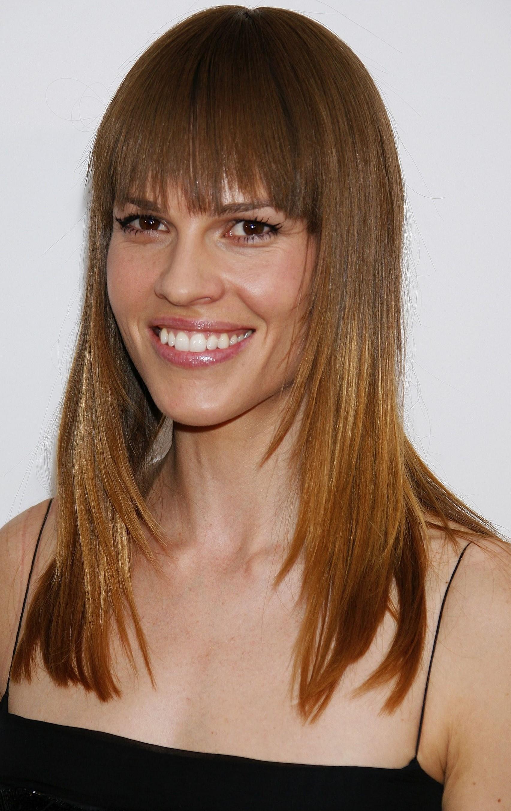 Стрижки для вытянутого лица на длинные волосы