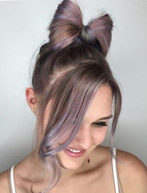 Собранные прически на длинные волосы - бантик из волос