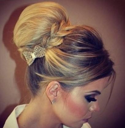 красивые прически убранные волосы