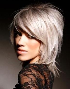 Красивые стрижки на средние волосы с градуировкой