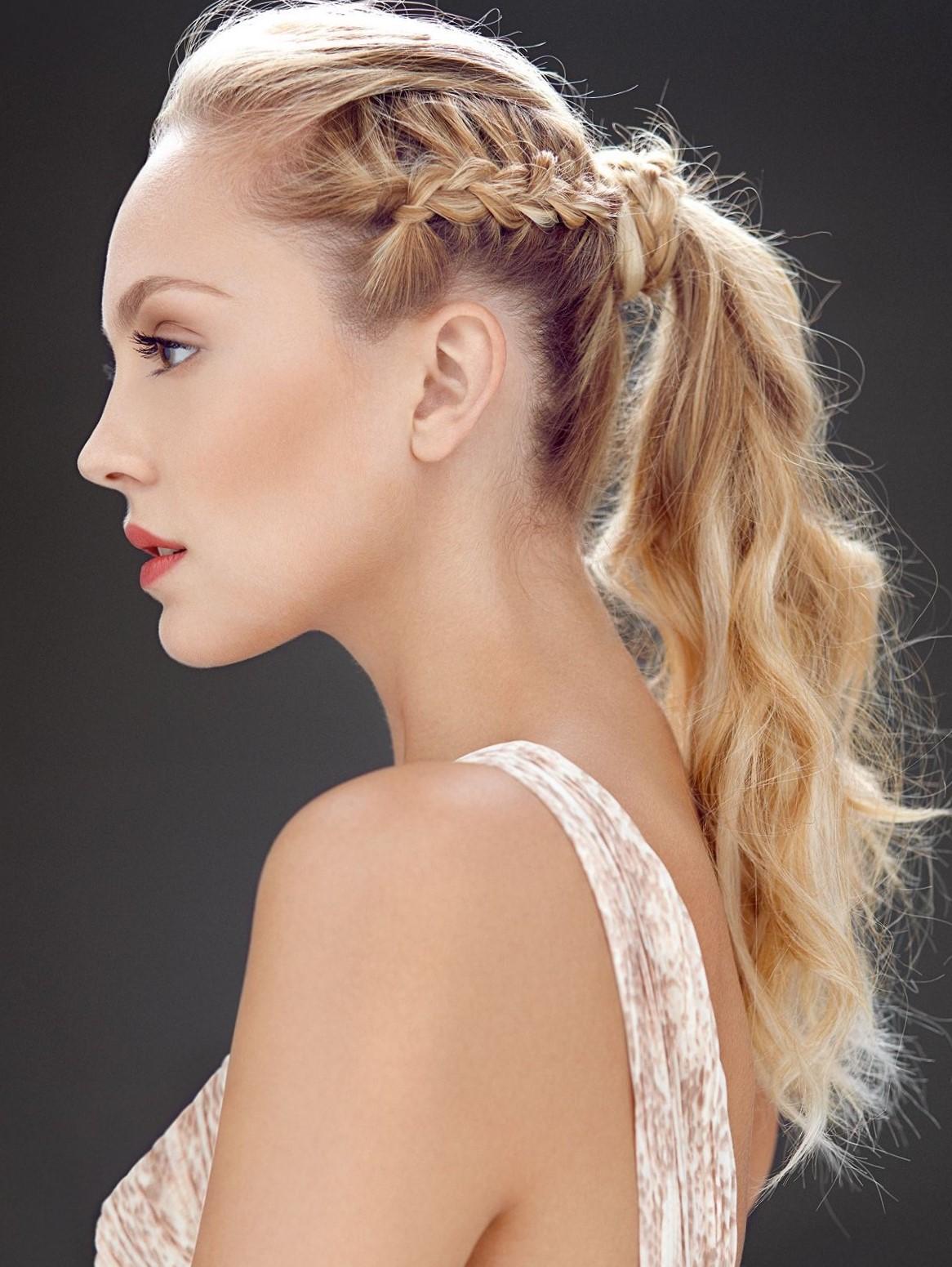 Высокие прически на длинные и средние волосы