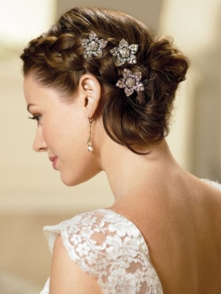 Свадебные прически на каре