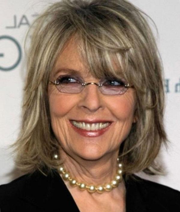 Причёски на средние волосы для женщин после 60 лет фото