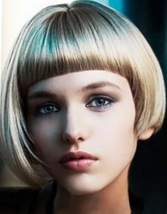 стрижки на короткие волосы с челкой
