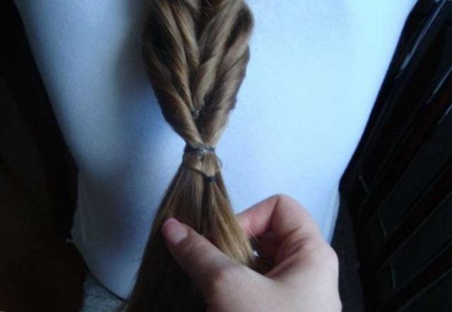 Разные виды плетения кос с резинками - топ 10 причесок с помощью резинок