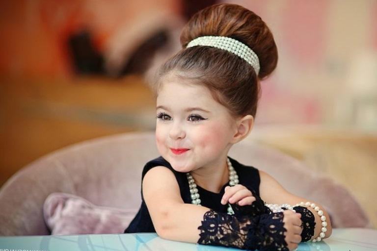 Прически в стиле стиляг для девочек