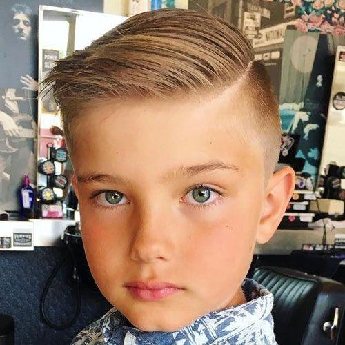 Модные прически на бок для мальчиков с пробором 2019