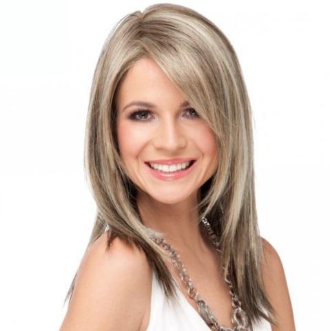 Стильные варианты стрижек на средние тонкие волосы создающие объем